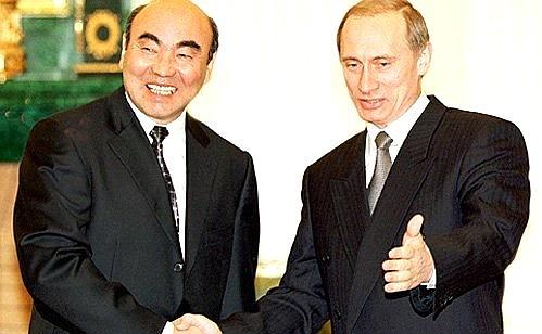 دیدار ولادیمیر پوتین با Askar Akaev رئیس جمهور سالهای گذشته قرقیزستان