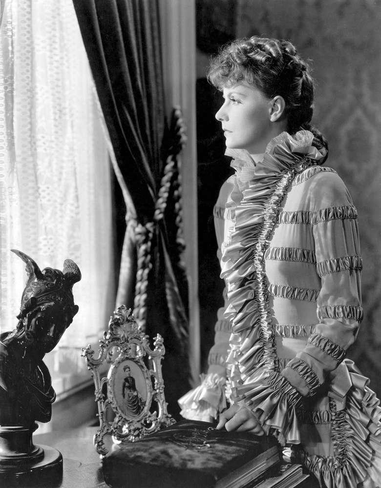 رمان مشهور آنا کارنینا در سال 1935